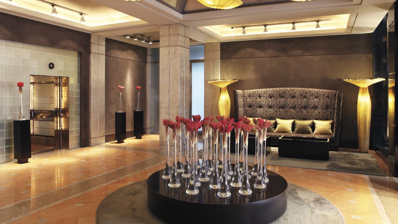 Flores en la recepción del Hotel Arts Barcelona