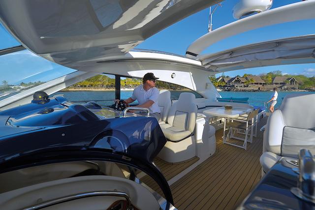 Isla mauricio resort de lujo y yate de alquiler for Interior yates de lujo