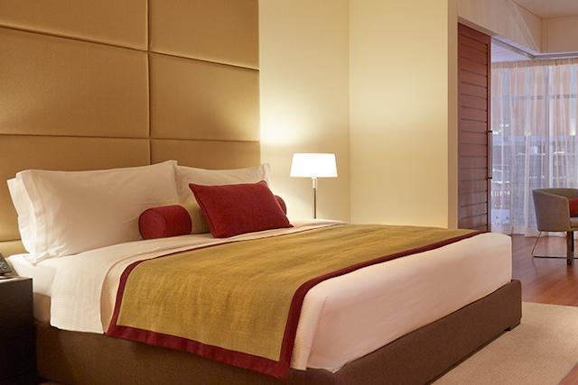 Descanso en el aeropuerto hotel de lujo y spa for Hoteles de lujo habitaciones