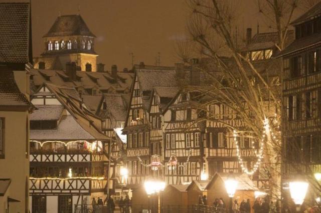 Mercado Navidad Estrasburgo nieve