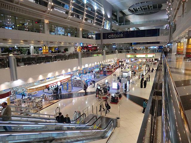 Aeropuerto Dubai Alina Sofia