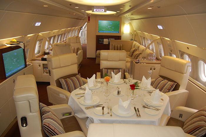 Comlux Airbus ACJ