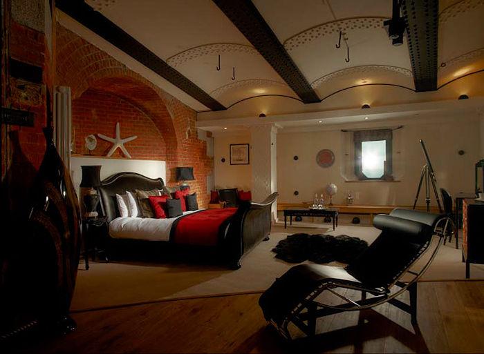 Spitbank Fort Suite